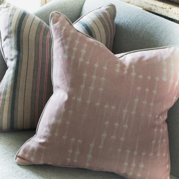 Coco_Pink_and_Emily_Flamingo_Cushion_Close_Up