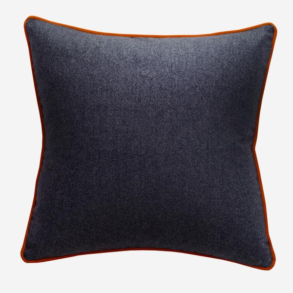 Wessex_Navy_Cushion_with_Pelham_Clementine_Piping_ACC3074