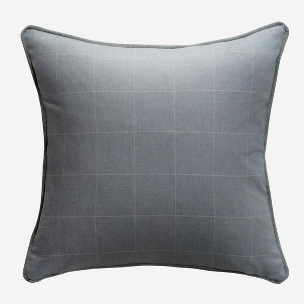 Wales_Powder_Cushion_with_Mossop_Ice_Piping__ACC3080_