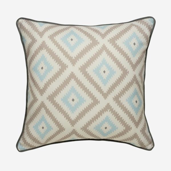 Glacier_Powder_Outdoor_Cushion_Small_ACC3027_