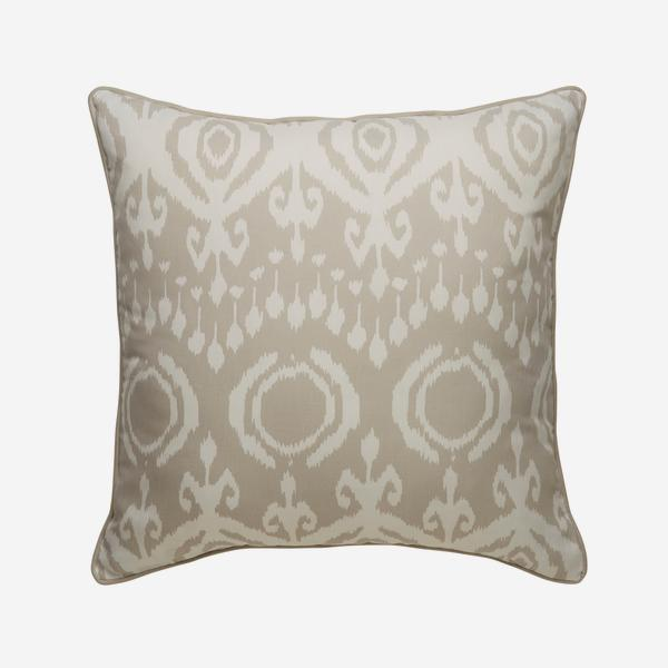 Volcano_Canvas_Outdoor_Cushion_Large_ACC3040_