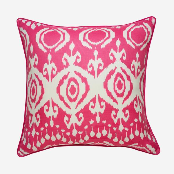 Volcano_Paradise_Outdoor_Cushion_Large_ACC3044_