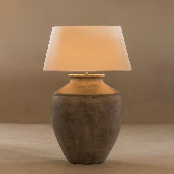 LMP0212_DALIA_TABLE_LAMP_lit_up_