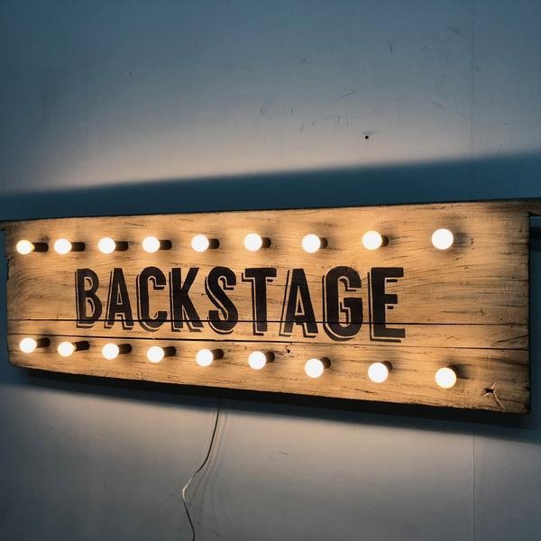 Backstage_Wall_Art_Sconce_Angle