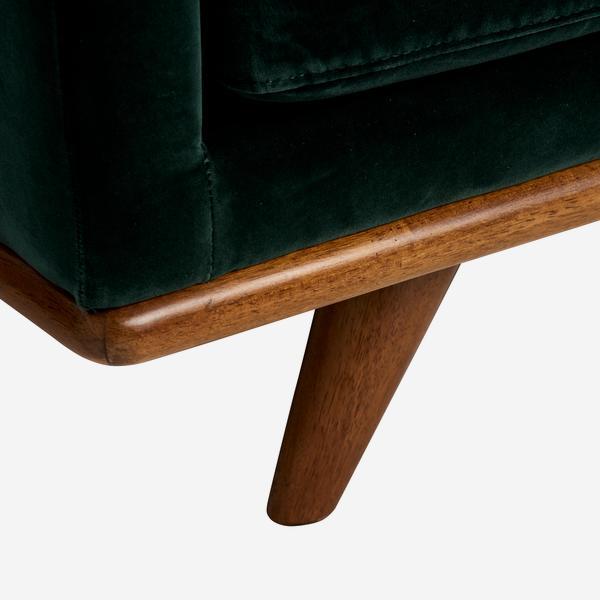 Westwood_Sofa_in_Pine_Leg_Detail_SOF0551