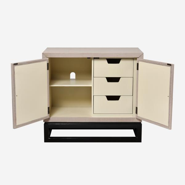 Motown_Cabinet_Front_Open