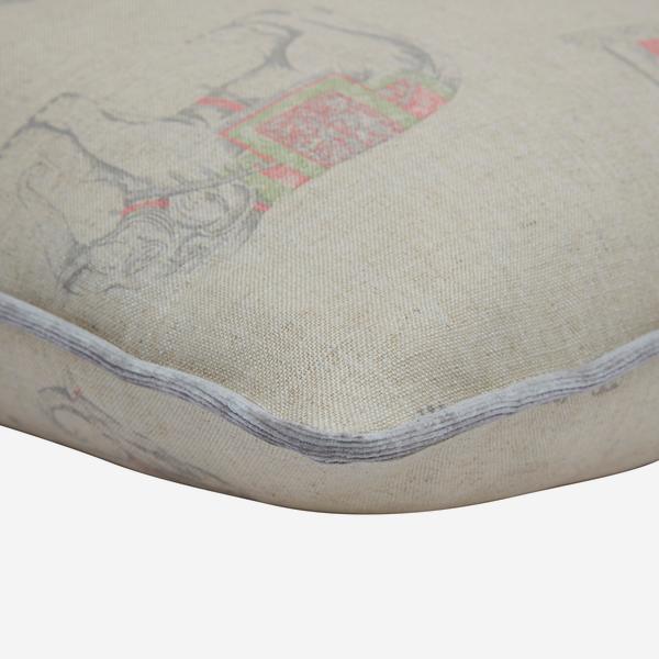 Bolo_Linen_Cushion_Detail_ACC3141_