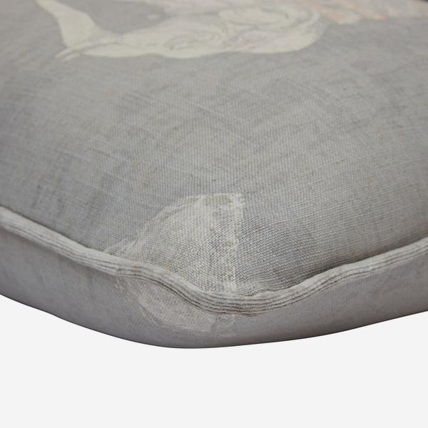 Jumbo_Stone_Cushion_Detail_ACC3143_