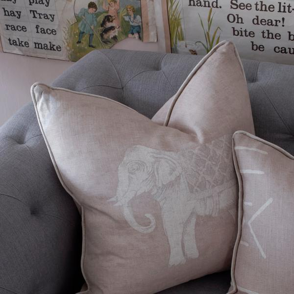 Jumbo_Plaster_Cushion_Detail