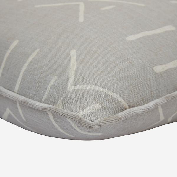 Kongo_Stone_Cushion_Detail_ACC3130_