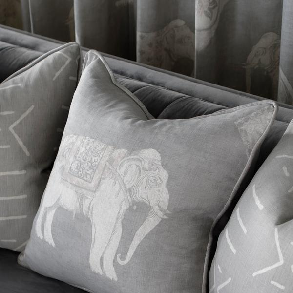 Jumbo_Stone_Cushion_Detail