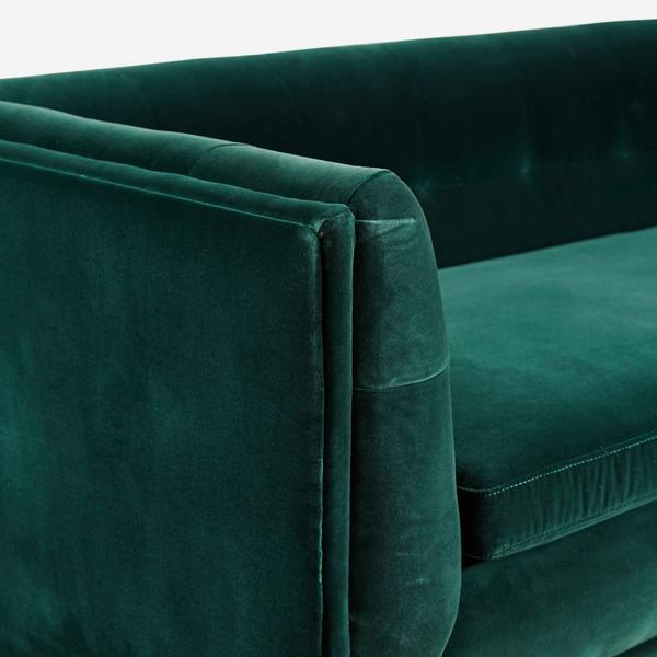 Onassis_Sofa_Pine_Arm_Detail