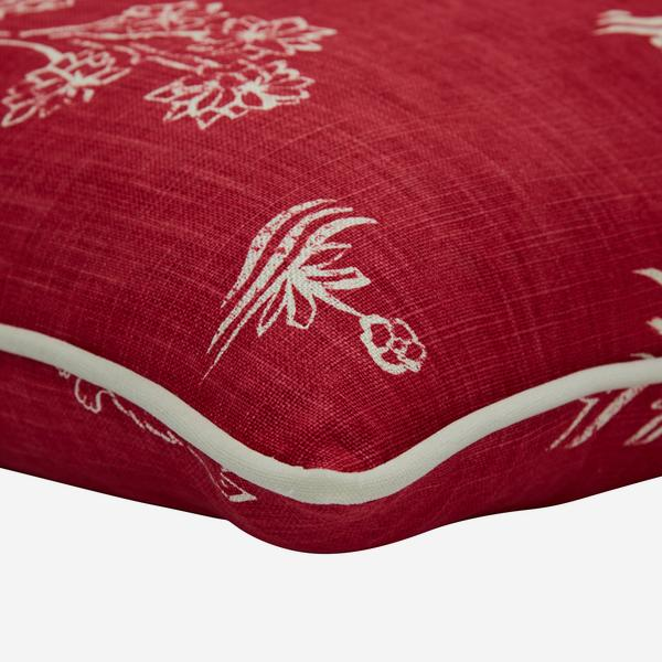 Friendly_Folk_Huntsman_Red_Cushion_Detail_ACC3118_