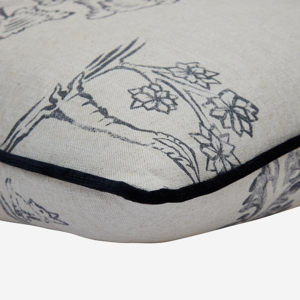 Friendly_Folk_Dusk_Cushion_Detail_ACC3120_