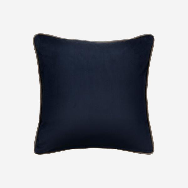 Houdini_Ink_Milk_Cushion_Small_Square_43cmx43cm_