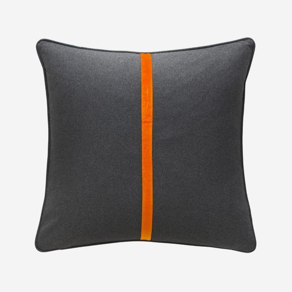Meteor_Square_Cushion_Tangerine_Dream