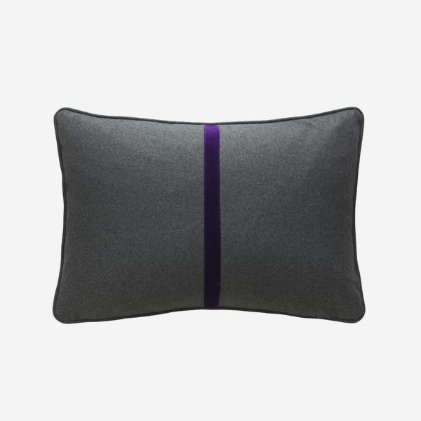 Meteor_Rectangle_Cushion_Grape_Escape