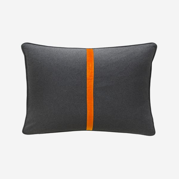 Meteor_Rectangle_Cushion_Tangerine_Dream