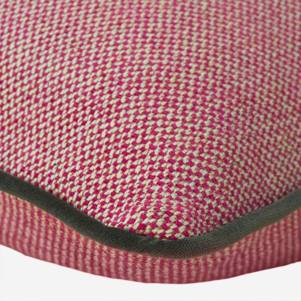 Piazzetta_Radish_Cushion_with_Pelham_Chocolate_Piping_Detail
