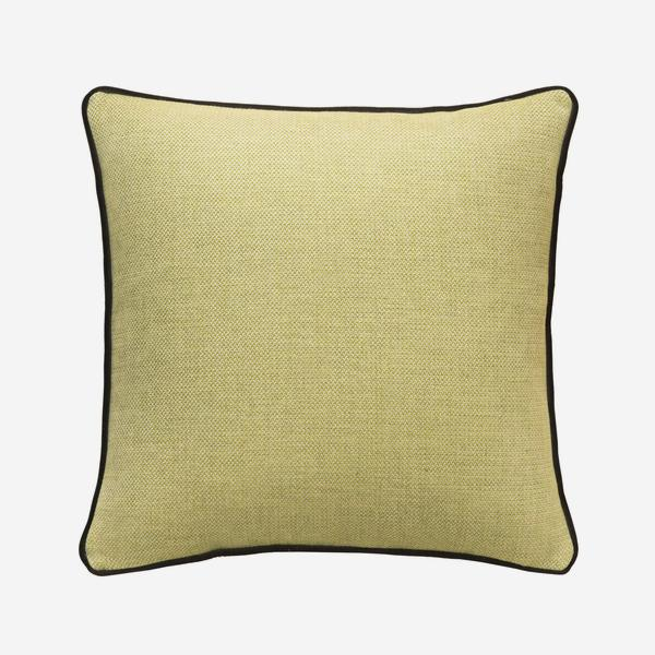 Piazzetta_Lemon_Cushion_with_Pelham_Chocolate_Piping