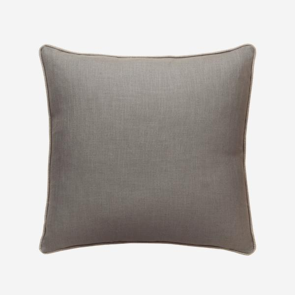 Trek_Storm_Cushion_with_Trek_Linen_Piping