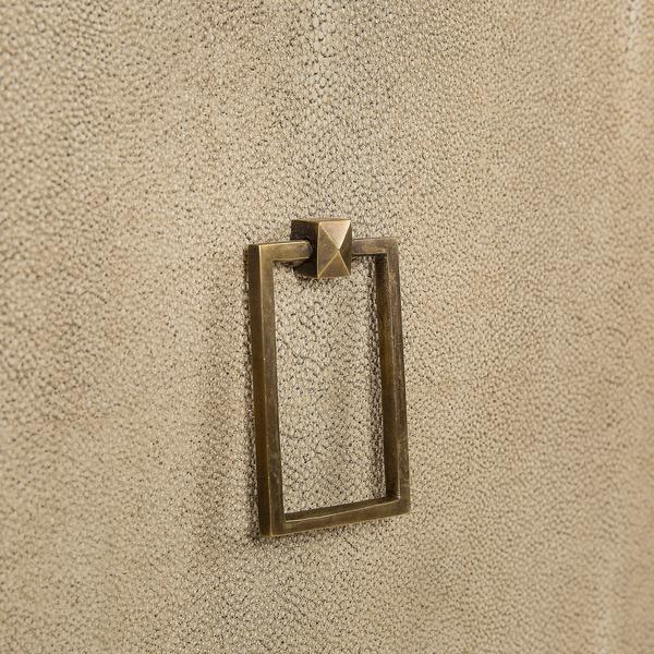 Edith_Sideboard_Ivory_Shagreen_Handle_Detail