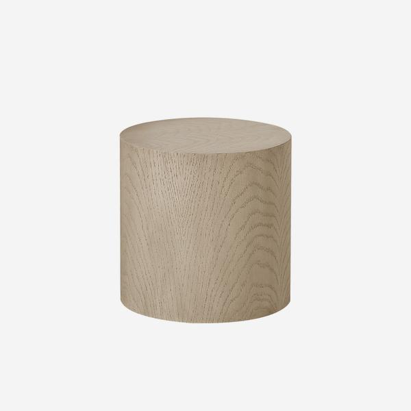 Morgan_Round_Side_Table_Oak