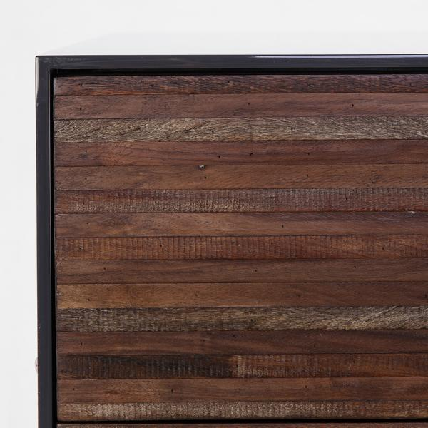 Zuma_Chest_of_Drawers_Finish_Detail