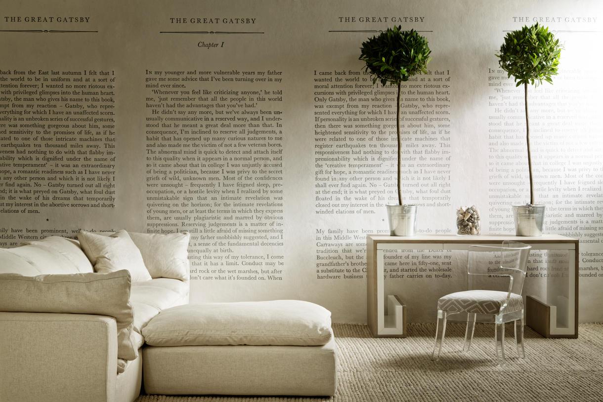 GreatGatsbyWallpaper_TrumanSofaHedgerowPlainLinen_SatinAcrylicChair_with_TrulloStoneSeat_DannyDesk