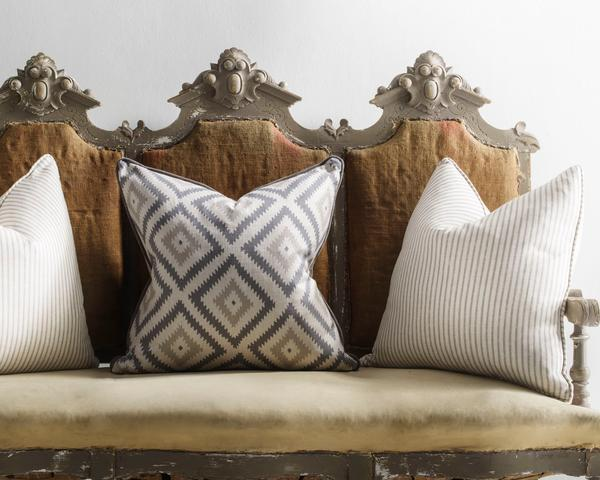 glacier_and_savannah_storm_cushions_lifestyle