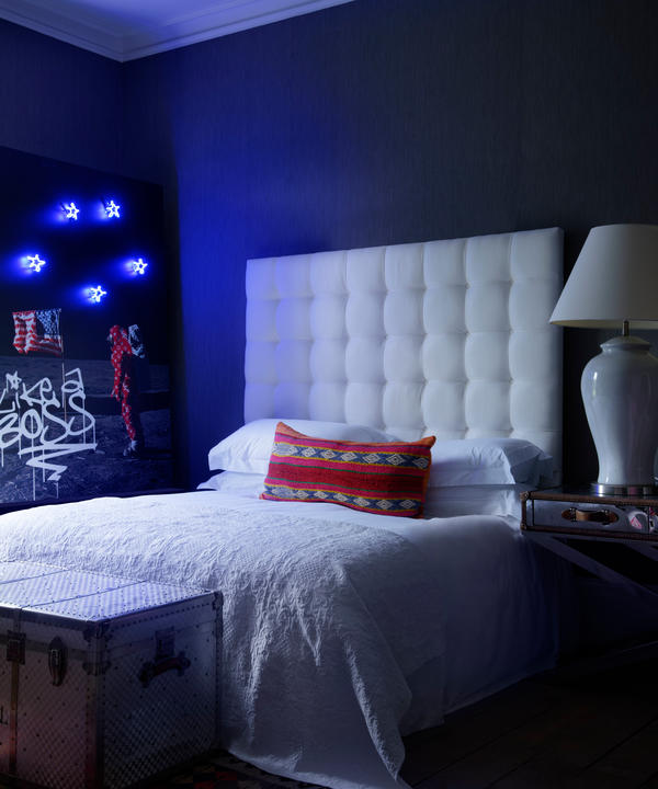 Paxton_Custom_Headboard_in_Onslow_Ecru