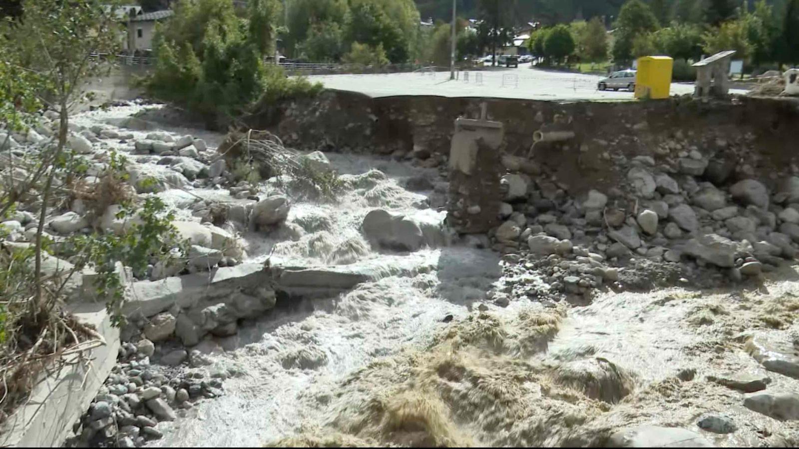 Uno scatto di Limone devastato dall'alluvione del 2 ottobre scorso