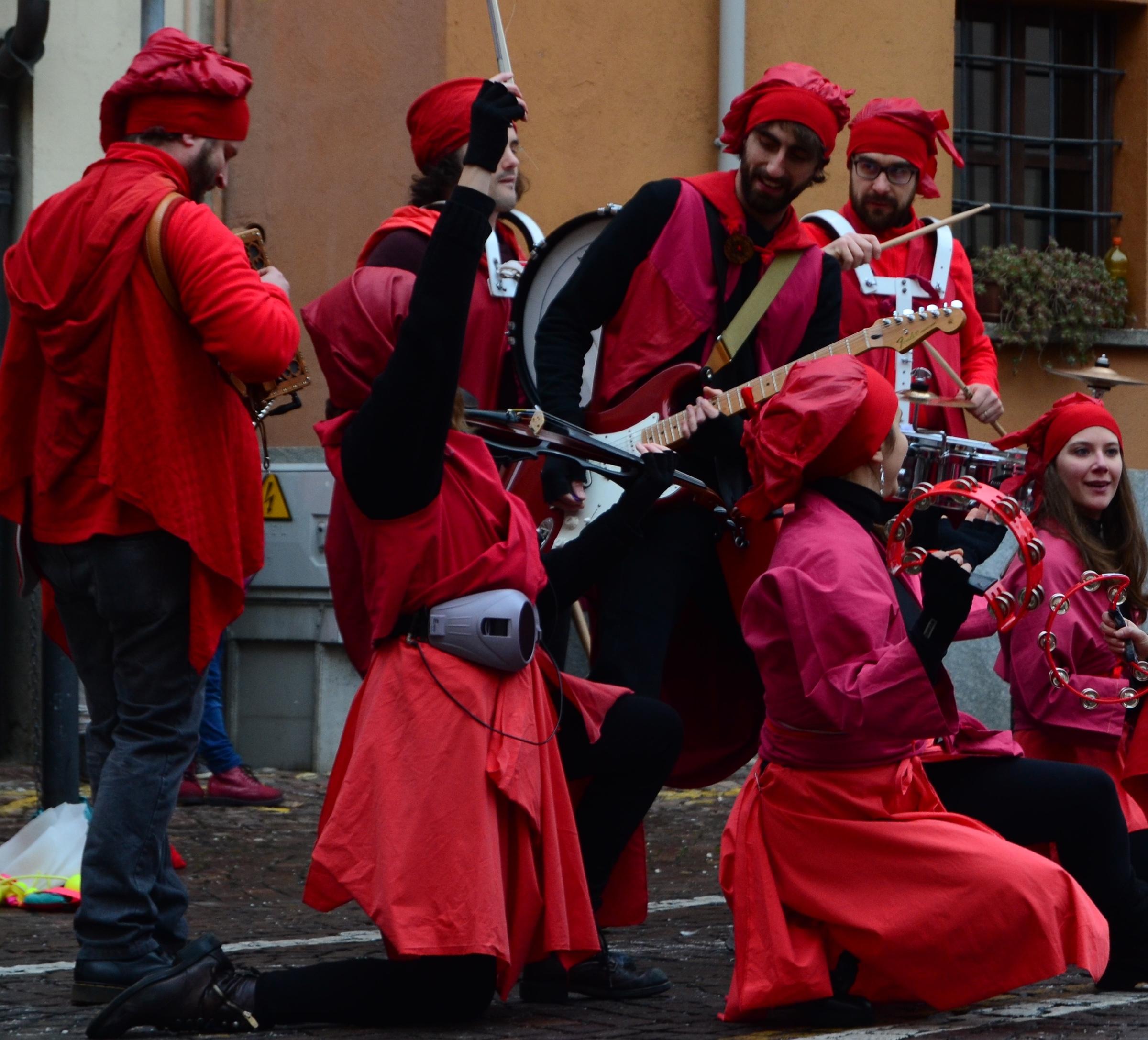 Prismabanda Street Band di Vernante