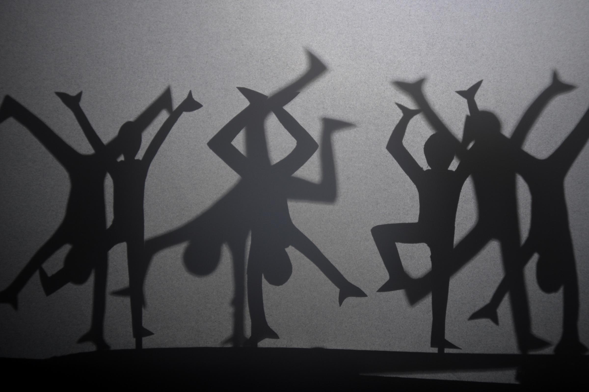 """Un momento del laboratorio """"Il mondo delle piccole ombre"""""""