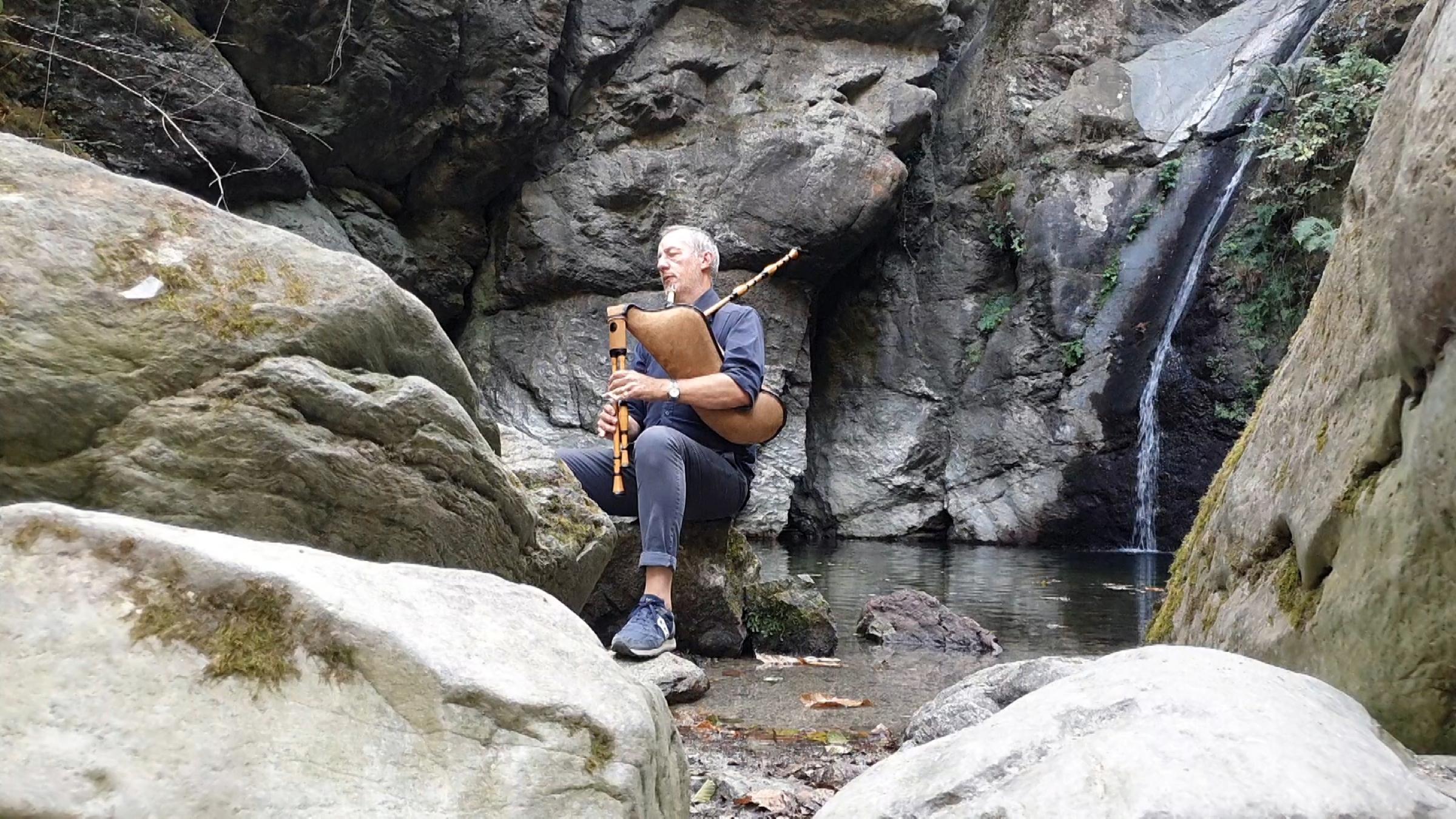 Fabio Rinaudo del Duo O'Carolan, in scena domenica 25 luglio a Canosio