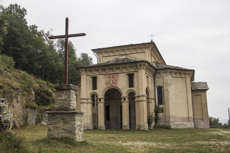 Il Santuario della Madonna della Betulla a Melle in valle Varaita
