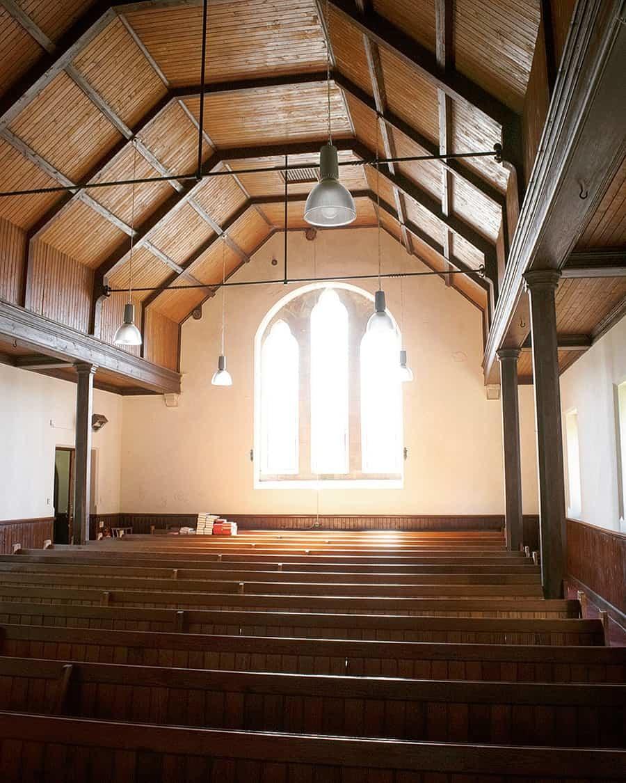 09-church.jpg