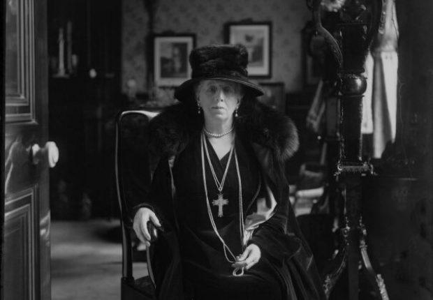 Annie Pearson ne Cass Viscountess Cowdray