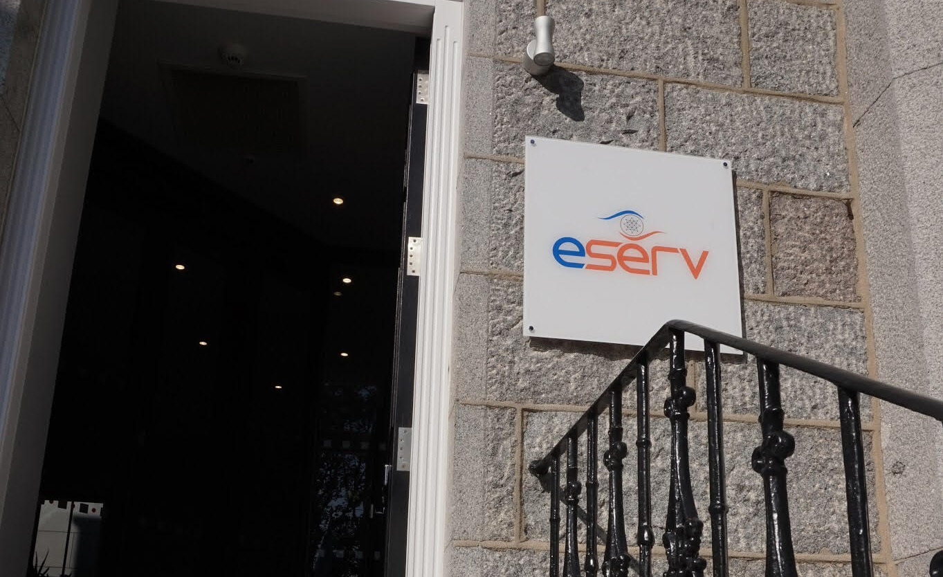 Eserv-Sign01.jpg