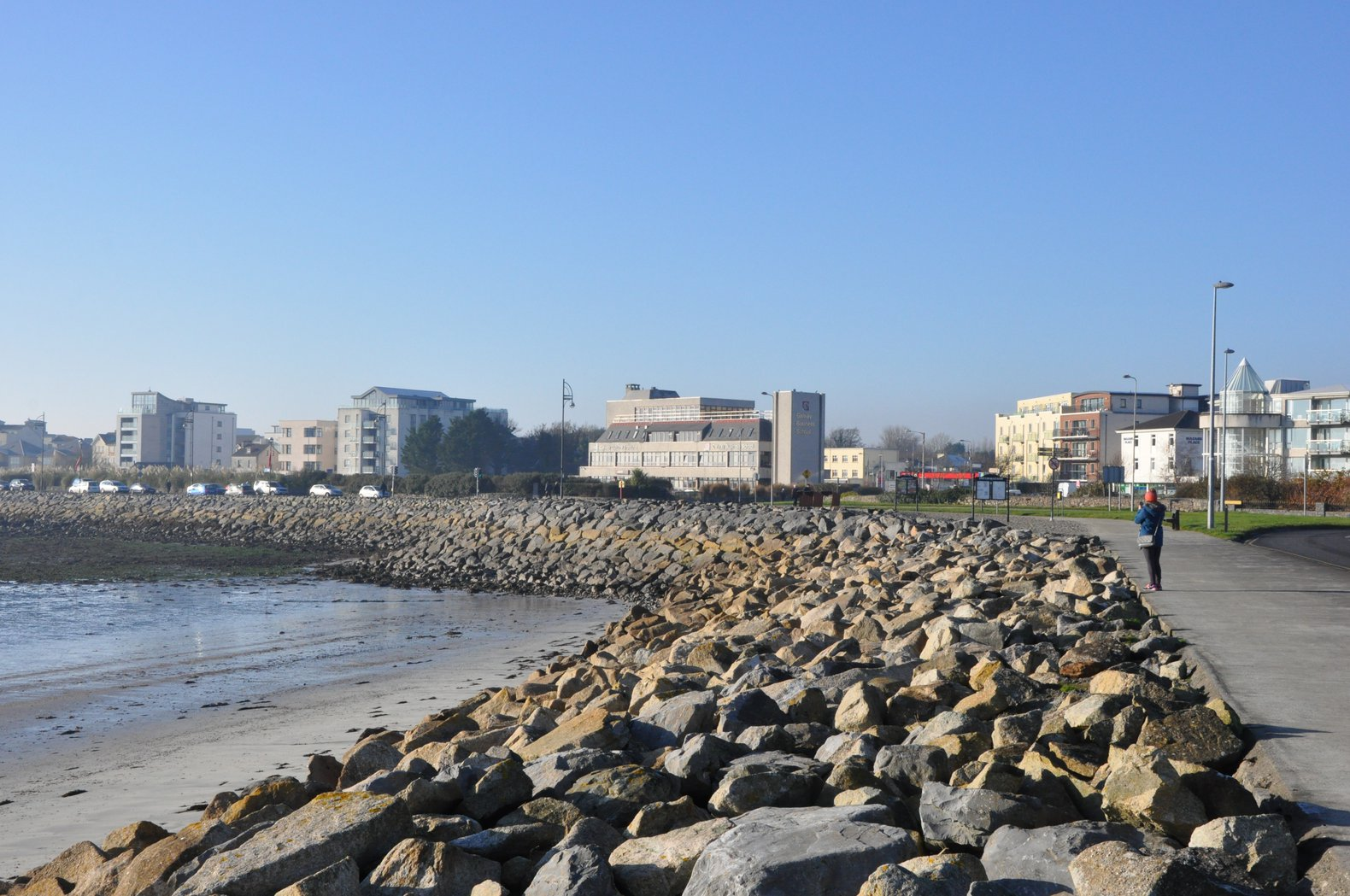 Walk the prom in Salthill | GCI Walking Tour