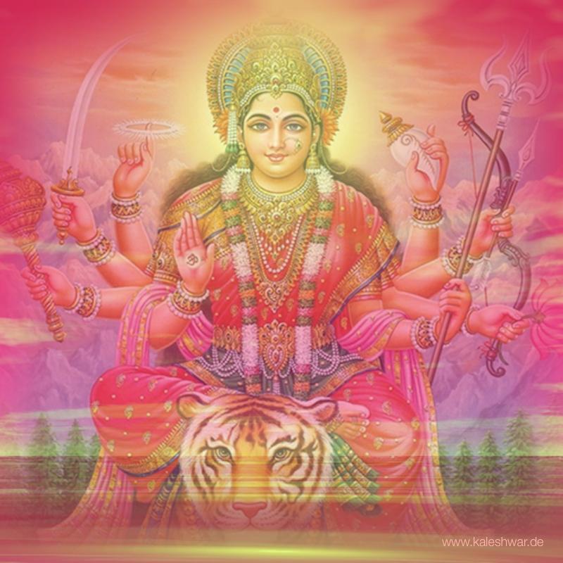 Jako Durga bojuje pro dobro.