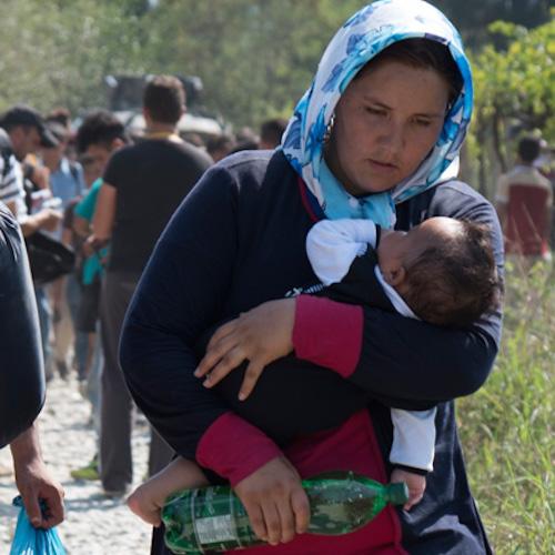 Mütter und Babies auf der Flucht...