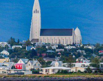 Reykjavík City Sightseeing Tour – By minibus