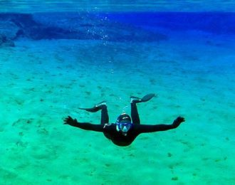 Wetsuit Snorkeling in Silfra – With transfer | Free photos