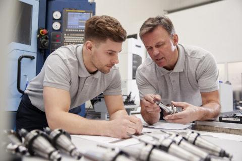 Subsidie jonge bedrijfsopvolgers voor bedrijfsopvolging familiebedrijven in Overijssel - KroeseWevers subsidieadvies