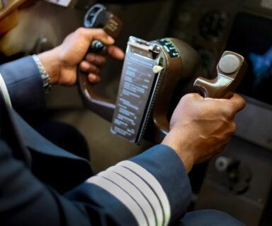 Belasting over inkomen piloten; waak voor dubbele belasting!