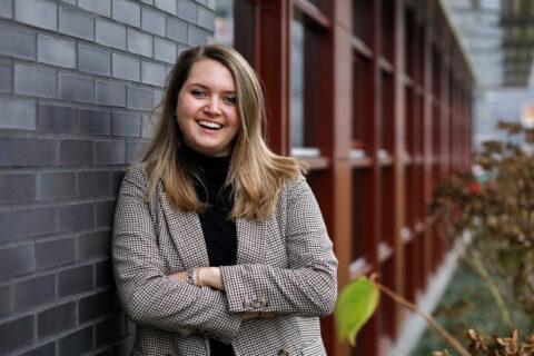 De ambitie van Julia, HR-adviseur