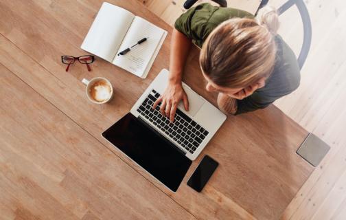 Grensoverschrijdend actief als werknemer en door coronavirus werkzaam vanuit een Home Office
