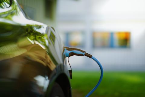 Subsidieadvies particulier krijgt subsidie voor elektrisch rijden Kroese Wevers