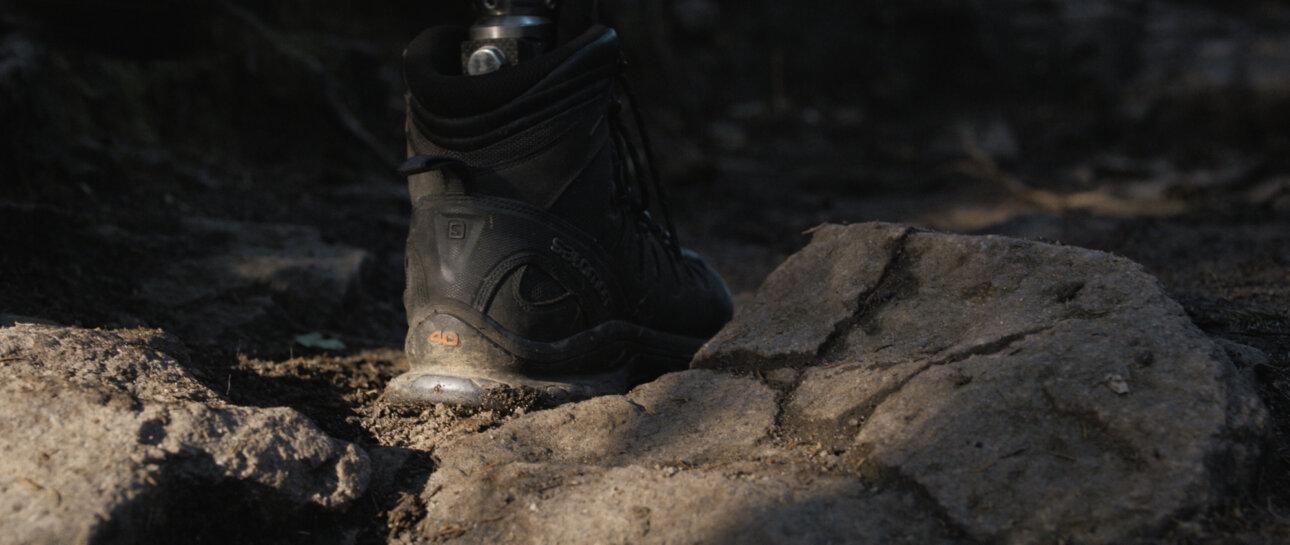 Lee Chapman Everest Film Stills 1